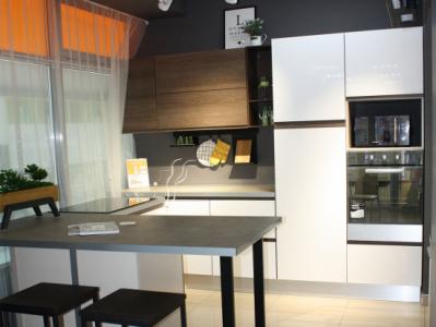 Кухня J-profilo